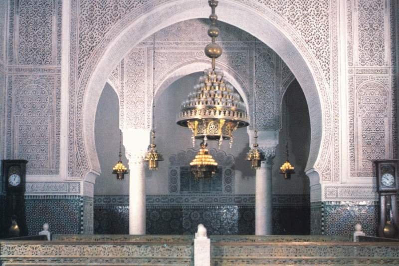 http://jeannine.didier.free.fr/voyages/images/Meknes_tombeau_Moulay_Ismail.JPG